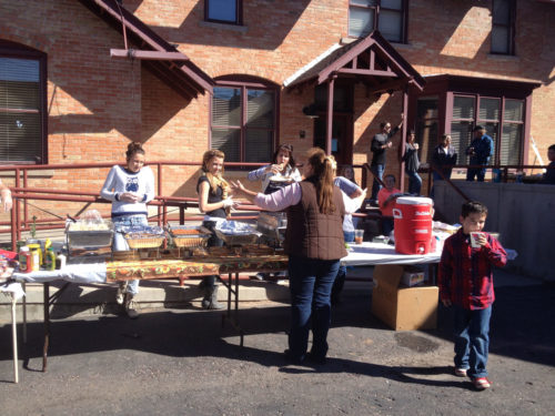 Members of St. Paul's, a small Episcopal church in Vernal, Utah, invited furloughed workers to eat for free at a community lunch it hosted on Oct. 6. The lunch was so successful, community members are looking for ways to make it a regular Sunday event in town. Photo: Rachael Gordon