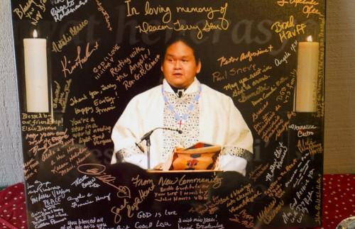 Los participantes honraron al Rdo. Terry Star, que murió repentinamente el 4 de marzo. Foto: A. Lynn Collins