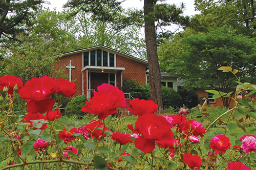 """Holy Comforter Episcopal Church in Atlanta is """"a congregation living with significant mental illness,"""" its vicar says. Photo: Lynda Greer/Holy Comforter"""