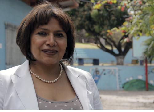 Claudia de Castro, directora de El Hogar, ha estado en la escuela residencial durante 24 años. Foto: Lynette Wilson / ENS