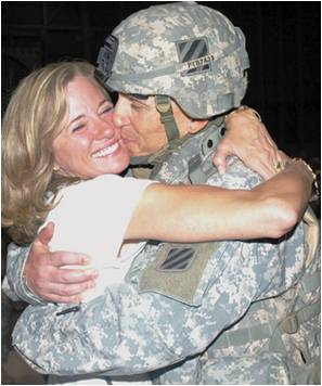 soldier_greeting_wife