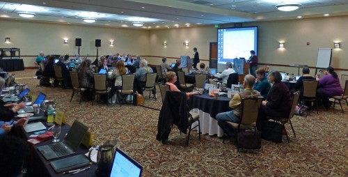 El consejo Ejecutivo se reúne el 21 de marzo en su última sesión plenaria del trienio 2013-2015. La reunión del 19 al 21 de marzo tuvo lugar en el centro de Salt Lake City, cerca del Centro de Convenciones Salt Palace, el lugar donde sesionará la Convención General del 23 de junio al 3 de julio. Foto de Mary Frances Schjonberg/ENS.