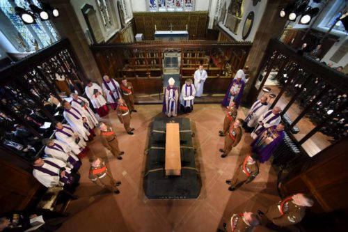 Clergy and an honor guard surround  Richard III's casket March 26 prior to it being buried in Leicester Cathedral. Photo: King Richard in Leicester website (http://kingrichardinleicester.com/)
