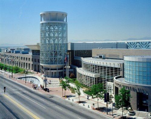 La 78ª. Reunión de la [Convención General] de la Iglesia Episcopal tiene lugar en el Centro de Convenciones Salt Palace en Salt Lake City, Utah. El céntrico local de convenciones cuenta con un espacio de 47.800 metros cuadrados. Foto de Salt Palace Convention Center.