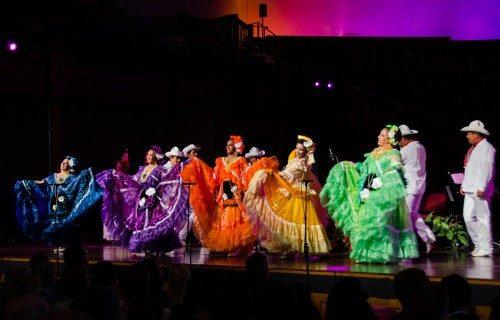 El Ballet Folclórico Citlali escenificó danzas folclóricas de México. Foto de Chloe Nguyen/Diócesis de Utah. Nguyen/Diocese of Utah