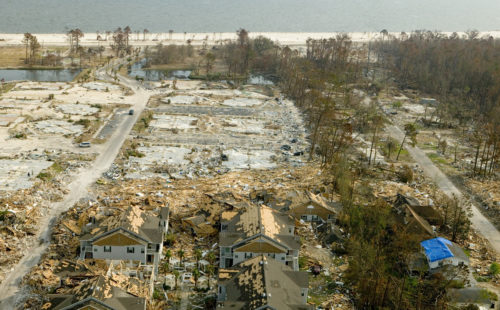 In Gulfport, Mississippi, and all along the Gulf Coast, Hurricane Katrina pushed a 24-28 foot wall of water at least five miles inland. Photo: Federal Emergency Management Agency