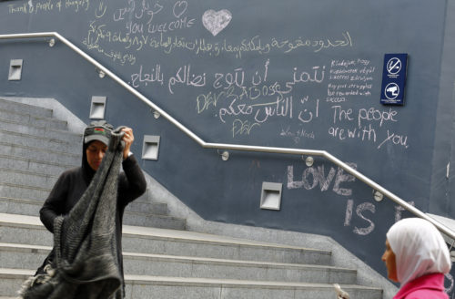 Messages from migrants and well-wishers adorn a wall at Keleti railway station in Budapest, Hungary September 6, 2015. After days of confrontation and chaos, Hungary deployed more than 100 buses overnight to take thousands of the migrants who had streamed there from southeast Europe to the Austrian frontier. Austria said it had agreed with Germany to allow the migrants access, waiving the asylum rules. Photo: Laszlo Balogh/Reuters