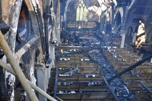 La Agencia Federal de Bebidas Alcohólicas, Tabaco, Armas de Fuego y Explosivos y el Departamento de Bomberos de Alexandria, VA, dictaminaron que el incendio del 22 de octubre de 2010 que destruyó el edificio de la capilla (de 1881) del Seminario Teológico de Virginia había sido accidental.