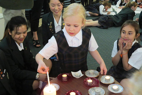Students from Samuel Marsden Collegiate School in Karori, Wellington, pray for Syrian refugees Photo: Anglican Taonga
