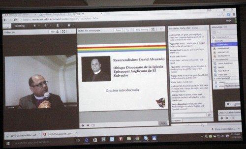 David Alvarado, obispo de El Salvador, dirigió una oración durante un seminario en la Red [webinar] coordinado por la Alianza Anglicana, la cual coauspició, junto con el Comité de Servicio de Amigos Americanos, la conferencia de dos días sobre migración forzada, desplazamiento interno, trata de personas y esclavitud moderna. Foto de Lynette Wilson/ENS.