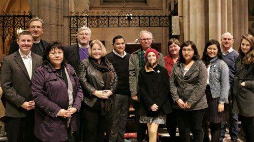 Episcopales que participaron del culto en la catedral de la Santa Trinidad en París el 6 de diciembre. Foto de Jere Skipper.