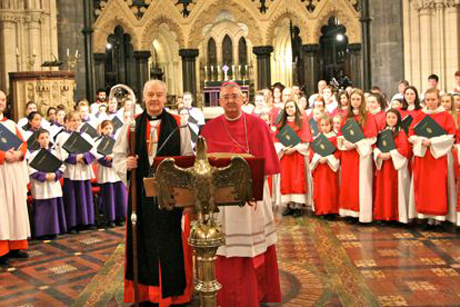 Archbishop Michael Jackson and Archbishop Diarmuid Martin with the combined choirs of Christ Church and St Mary's Pro cathedrals. Photo: Lynn Glanville