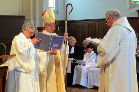 The Rev. John Neal is licensed by Bishop in Europe David Hamid, as the priest in charge of the Diocese in Europe's newest parish: the Church of St. Alcuin of York in Touraine, central France. Photo: Eurobishop blog