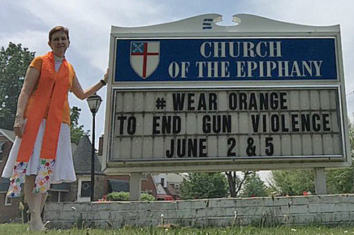 Church of the Epiphany in Euclid, Ohio, called on the community to wear orange on both June 2 and 5. The Rev. Rosalind Hughes, rector, is encouraging clergy to wear orange stoles on June 5. Photo: Church of the Epiphany via Twitter