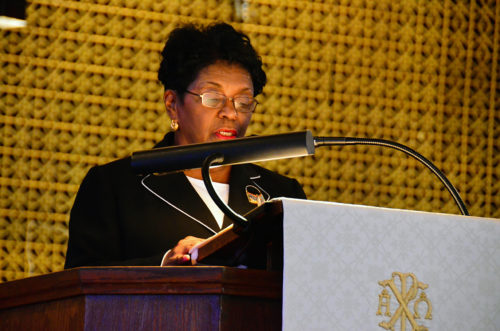 Diane Pollard, chair of the 2015 House of Deputies Committee on Social Justice and United States Policy, speaking during the June 12 service. She attended on behalf of Presiding Bishop Michael Curry and the Rev. Gay Clark Jennings, president of the House of Deputies. Photo: Katie Forsyth/Diocese of Eastern Michigan