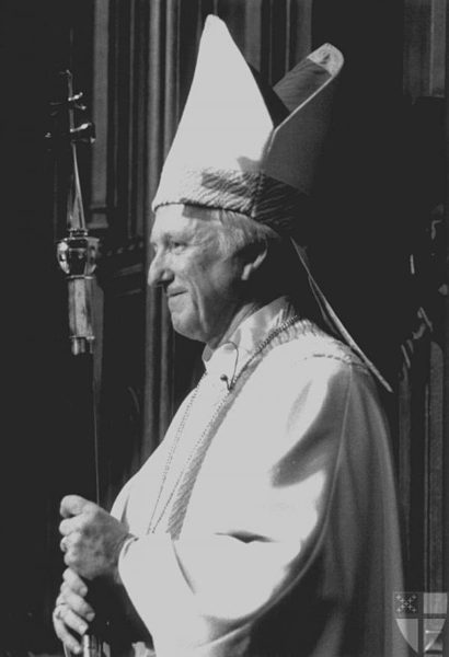 The Rt. Rev. Edmond Lee Browning was installed Jan. 11, 1986 as the 24th presiding bishop of the Episcopal Church. Photo: Episcopal News Service via the Episcopal Archives