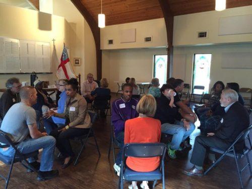 La Comisión de la Diócesis de Atlanta para el Desmantelamiento del Racismo tiene una sesión de entrenamiento en febrero en la catedral de San Felipe. Foto de Catherine Meeks.