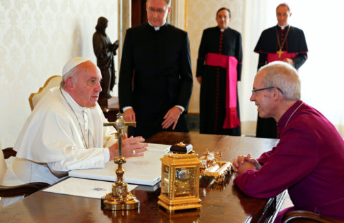 Pope Francis meets Archbishop of Canterbury Justin Welby at the Vatican Oct. 6, 2016. Photo: REUTERS/Tony Gentile