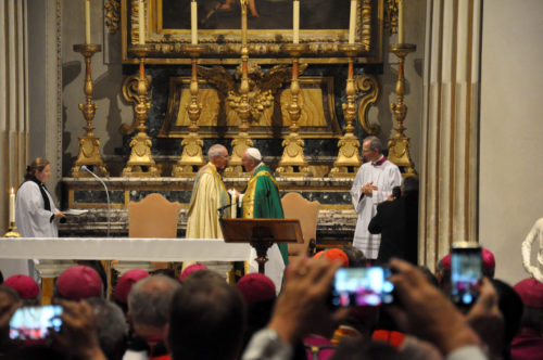 Pope Francis and Archbishop of Canterbury Justin Welby towards the end of the vespers service on Oct. 6. Photo: Matthew Davies/Episcopal News Service
