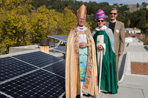 California Bishop Marc Andrus; former Presiding Bishop Katharine Jefferts Schori, St. Margaret's Visiting Professor of Women in Ministry at Church Divinity School of the Pacific; and CDSP President and Dean W. Mark Richardson, pose for a photograph on the roof of Parsons Hall. Photo: Tom Minczeski/CDSP