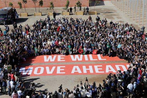 Greenpeace monta una protesta frente a la Conferencia de Naciones Unidas sobre el Cambio Climático 2016 (COP22) en Marrakech, Marruecos, el 18 de noviembre de 2016. Foto de Youssef Boudlal/REUTERS.
