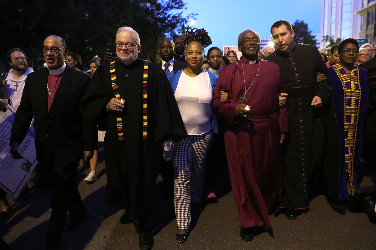 Presiding Bishop Co Leads Service Candlelight Public Witness To The