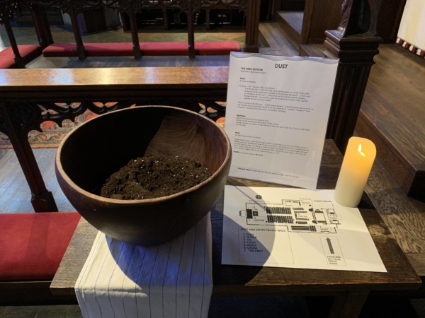 The dust station is the first stop on the Ash Wednesday Dust to Ashes prayer walk at All Saints Parish in Brookline, Massachusetts. Photo: Egan Millard/Episcopal News Service